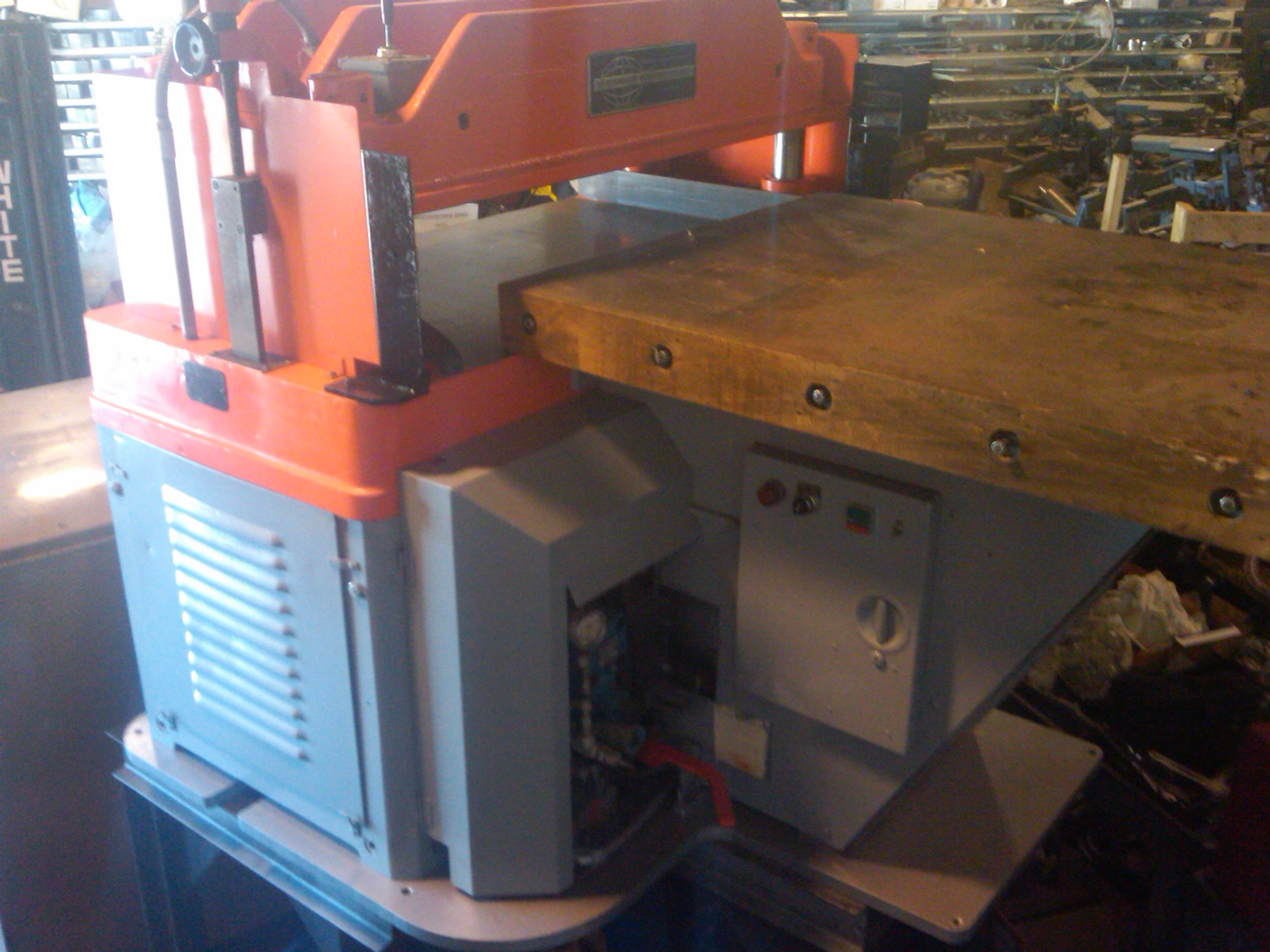 FL SMITHE HP late model Hydraulic envelope die cutting press